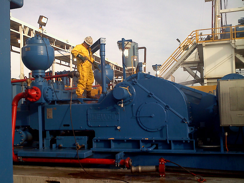 FairWind LLC Provides Oilfield Equipment Rig Cleaning Nationwide